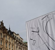 Nina Annabelle Märkl | Possible Spaces | Digital print | 500 x 500 cm | 2016 | Aufbau am Lenbachplatz