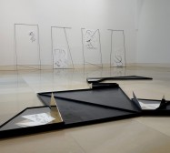 Nina Annabelle Märkl | Frames | Installationsansicht | Galerie der Künstler München | 2018