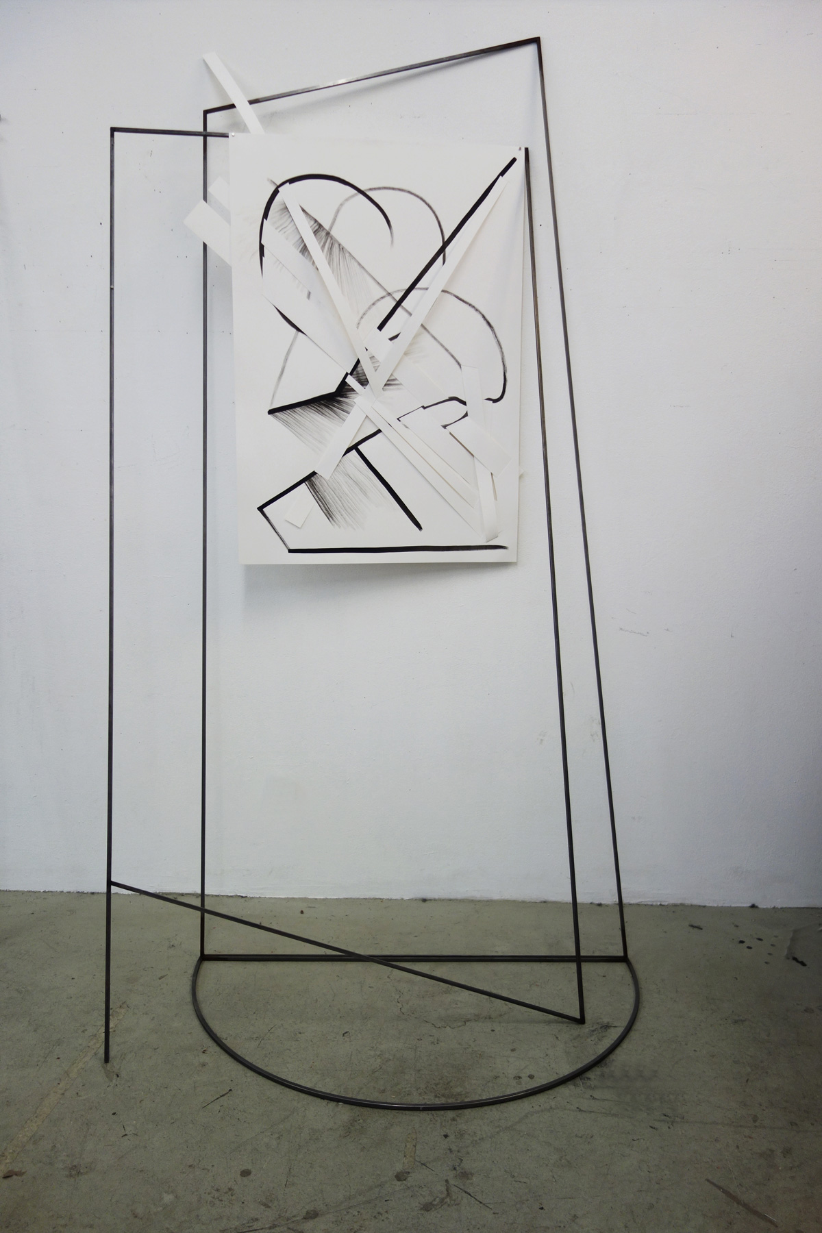 Nina Annabelle Märkl | Frames | Ink and steel drawing | 210 x 120 x 80 cm | 2018