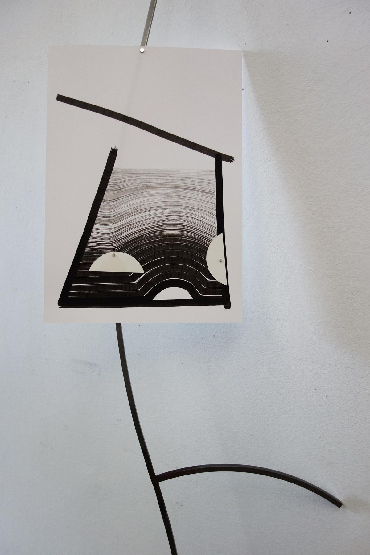 Nina Annabelle Märkl | Flower 1 | Ink and steel, magnet | 170 x 50 x 20 cm |2018