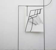 Off-Ornament Konstellation 3 | 250 x 140 x 20 cm | Tusche auf Papier, Stahl, Magnete | 2019