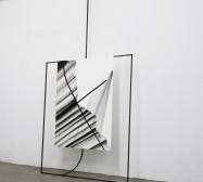 Ornament und Off-Form Konstellation 7| 250 x 120 x 20 cm | Tusche auf Papier, Stahl, Magnete | 2019