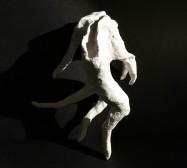 Wesen, Tanzendes| Paperclay | ca. 20 x 10 x 10 cm | 2019/2020