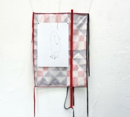Two Sides 4| Tusche auf Papier, Cutouts, Stoff | ca. 150 x 60 cm