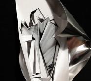 Double Folds 6 | 45 x 30 x 20 cm | Tusche auf gefaltetem Papier, Cutouts, Aluminium, Magnete | 2021